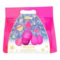 beautyblender Masters of the Beautiverse - Подарочный набор 2 спонжа + мини-мыло + футляр